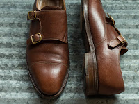 Benefits of Bespoke Shoes for Foot Problems/Problem Feet