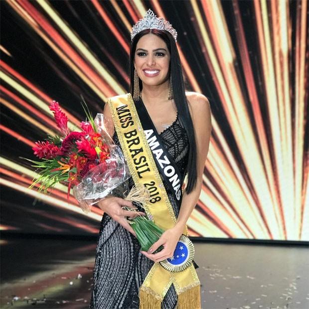 c72fc2e29ca3e A amazonense Mayra Dias, de 26 anos, foi eleita a mulher mais bonita do  Brasil no concurso de beleza mais famosos do País. A cerimônia do Miss  Brasil 2018 ...