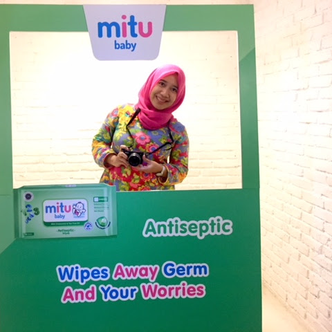 Mitu Baby Gathering : Wipes Away Germs & Your Worries