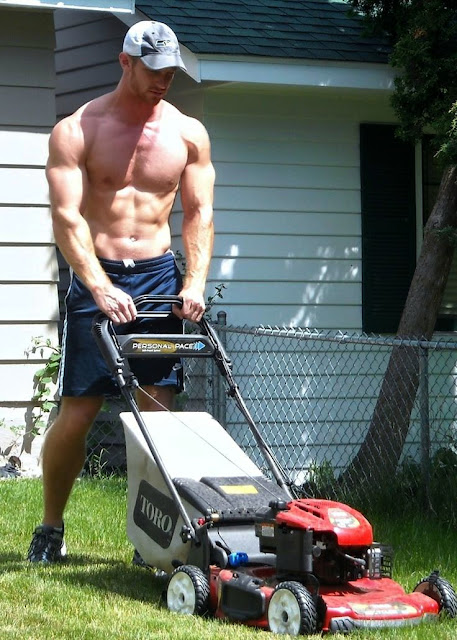 hot-lawnmower-dude