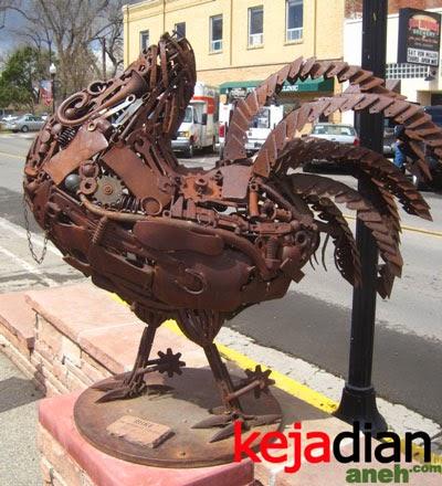 Kejadian Aneh Ayam Tanpa Kepala