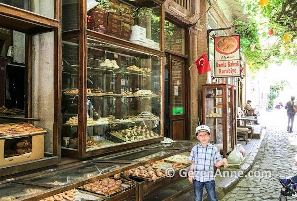 Ayvalık'ın tarihi sokakları, çarşıları