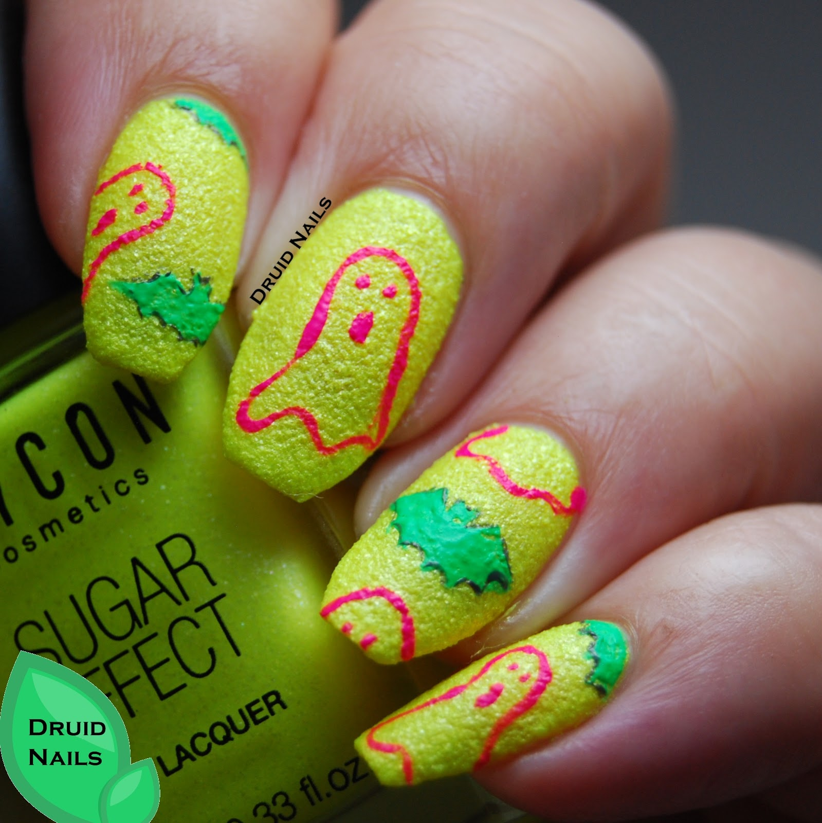 Druid Nails: 26 Great Nail Art Ideas - Halloween in the wrong colours