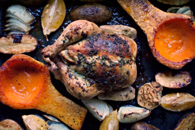 Roast Lemon Chicken with Garlic and Herbs | thetwobiteclub.com