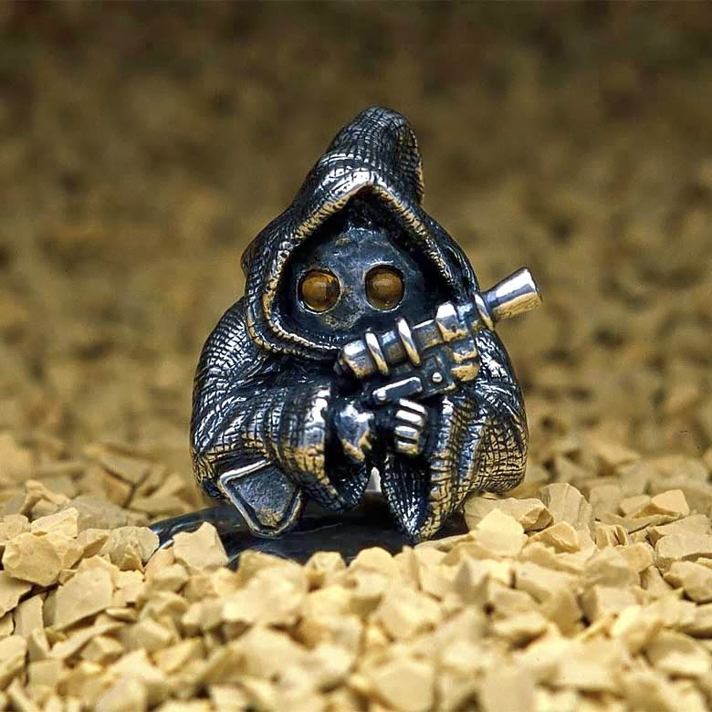 10-Jawa-jap-inc-Star-Wars-Rings-Sculptures-www-designstack-co
