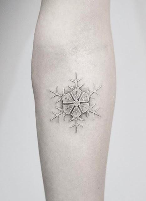 Tatuagens delicadas para as meninas