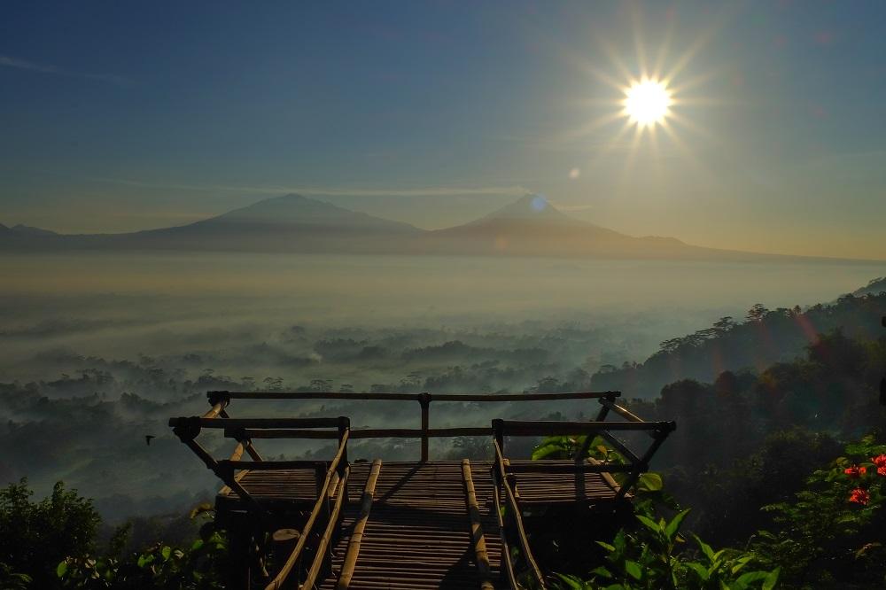 Menikmati Sunrise di Punthuk Gupakan, Magelang 2