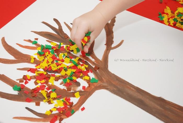 Wunschkind Herzkind Nervkind Ein Herbstbaum Mit Krepp Papier