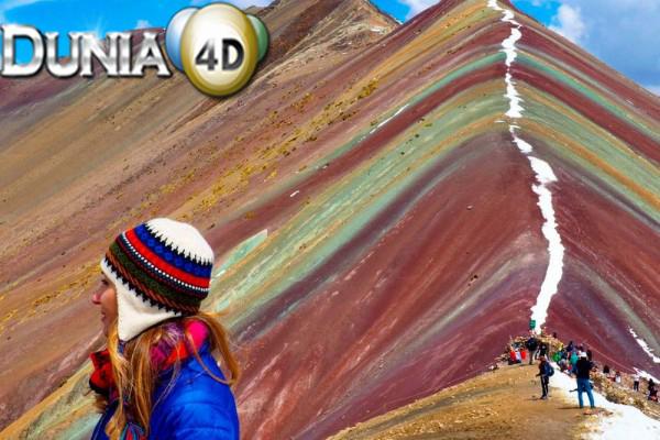 Bikin Terpukau, Ini 7 Potet Keindahan Rainbow Mountain di Peru