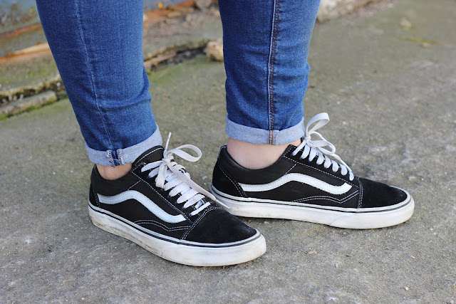 Vans Old Skool trainers for girls