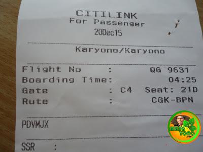 Cocokkan kursi dengan nomer duduk yang telah diberikan pada saat check in.