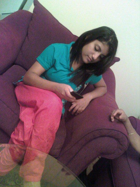 Mobile Girls Zong Pakistani 2013 Number