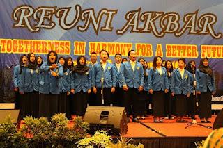 Contoh Susunan Teks MC Pembawa Acara Reuni Bahasa Sunda