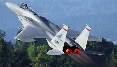Usted necesita escuchar estas cintas FAA de ese incidente OVNI en Oregon que obligó al envío de interceptores F-15