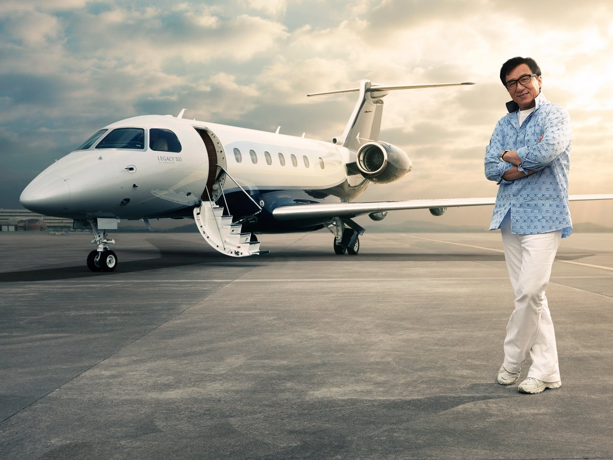 Private jet interior furnished like a vintage train aviation - Jackie Chan A Well Known Hong Kong Actor Is The Ambassador For Embraer His Aircraft Legacy 650 Was Delivered In 2012 And This Year 2016 He Took Delivery