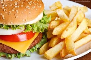 Fastfood tidak elok untuk anak ada asma atau resdung