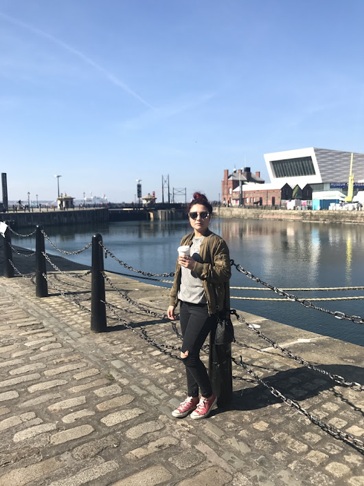 Outfit: Liverpool Docks