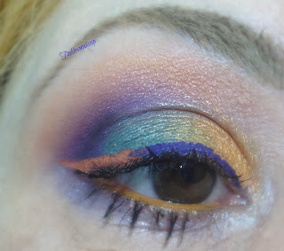 eye_makeup_look_colorful_liner