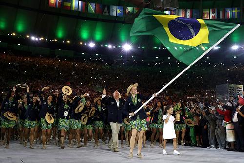 36c6fb4da24 SurtoRetrô do Rio 2016 - 05 de Agosto