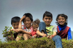 Smiling Children per Prashant Shrestha a Flickr