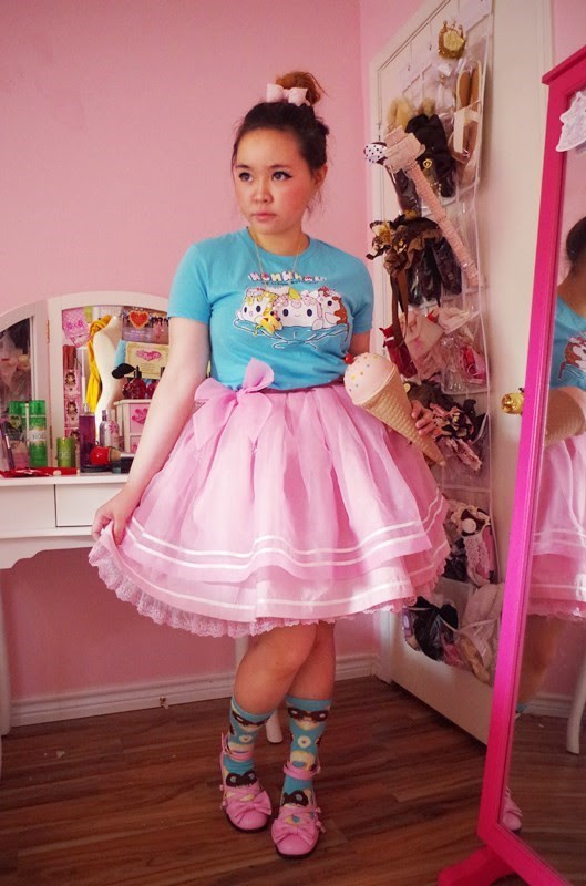 OOTD: Free Cone Day with Angelic Pretty