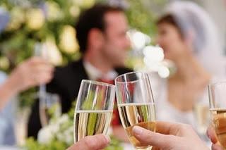 Приметы о свадебном застольееда, застолье, застолье свадебное, каравай, праздничный стол на свадьбу, приметы и суеверия, приметы народные, приметы про еду, приметы про каравай, приметы свадебные, свадьба, торт, торт свадебный, хлеб, приметы про торт, мудрость народная, суеверия, суеверия свадебные, традиции свадебные, обряды, бракосочетание, трапеза сважебная, про свадьбу, про приметы, про суеверия, жених, невеста, молодожены, гости, семья, Праздничный мир,