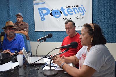 Resultado de imagem para fotos da radio potengi am de sao paulo do potengi entrevistando a senadora fatima bezerra