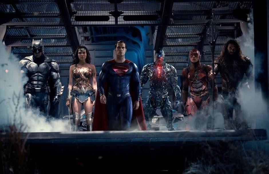 """Refilmagens de """"Liga da Justiça"""" causou conflitos na agenda de Henry Cavill"""