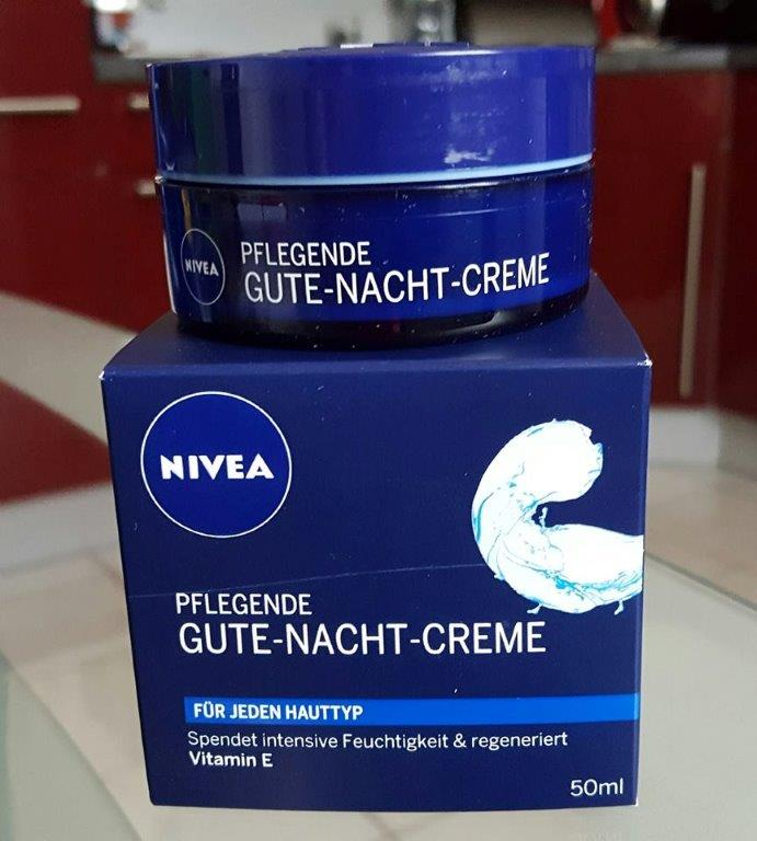heike testet nivea creme pflege reinigung. Black Bedroom Furniture Sets. Home Design Ideas
