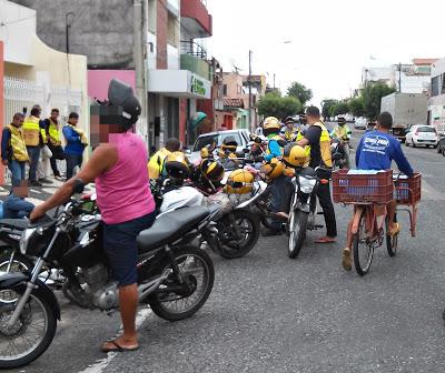SOBRAL:Acidente leva mototaxista para Hospital com fratura em membro inferior