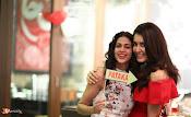 Raashi Khanna Birthday Celebrations-thumbnail-12