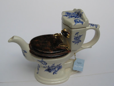 Creative and Unusual Teapots and Kettle Designs (30) 25