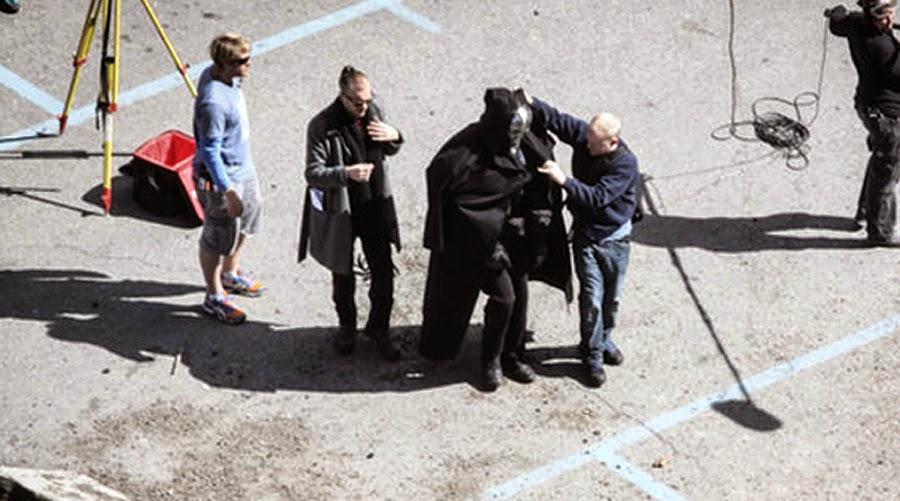Echipa de filmare ascunde armura lui Ultron (James Spader)