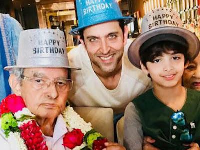 hrithik-celebrates-his-grandfathers-birthday