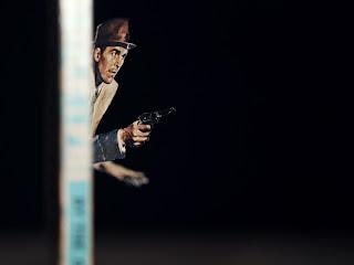 Arte con novelas de vaqueros y policiacas