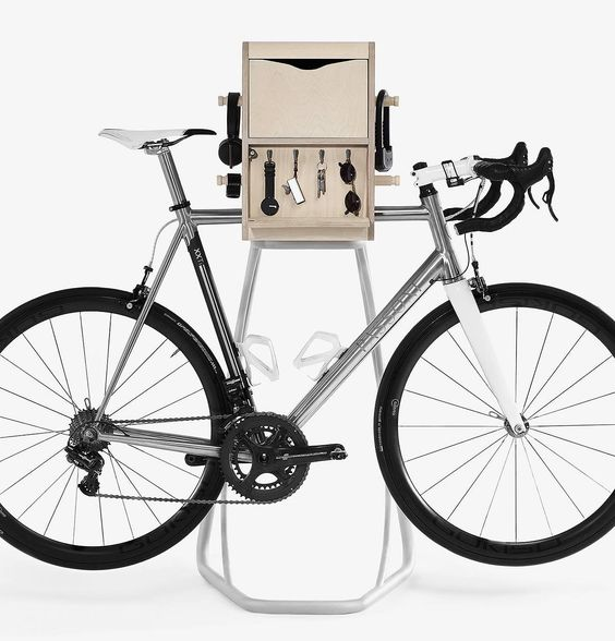 Ways to store a bike in a apartment