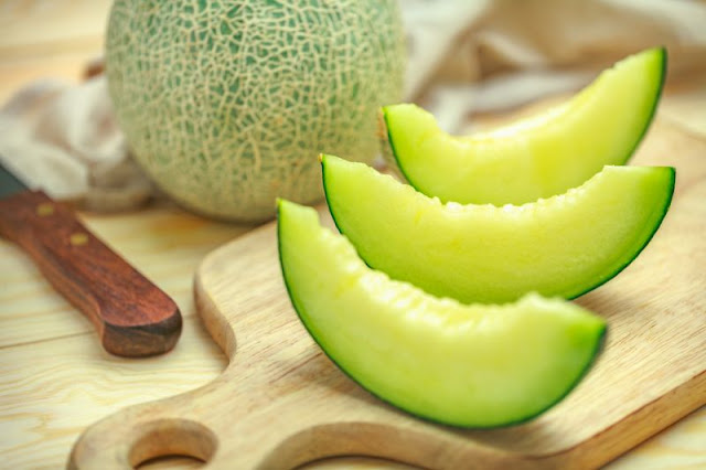 Waspada Bakteri Listeria di Kulit Melon