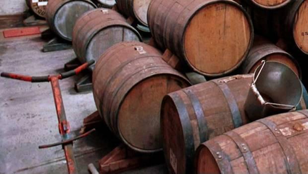 Localizan camión con 9 toneladas de tequila que había sido robado