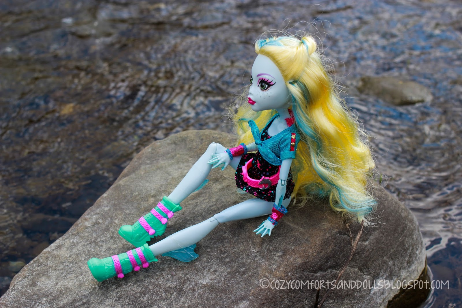 Cozy Comforts and Dolls: Monster High: Ghoul's Night Out ...