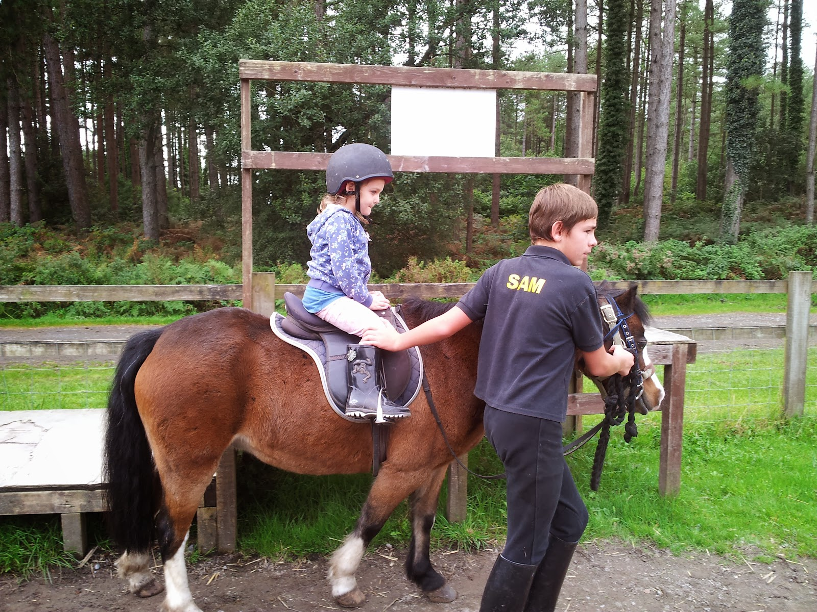 , Pony Riding at Pembrey Country Park #CountryKids