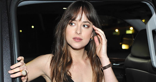 Dakota Johnson - Candids - 2017 - Dakota llegando a Milk Studios en Los Ángeles