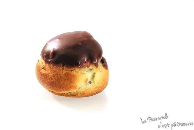 Petits choux au chocolat