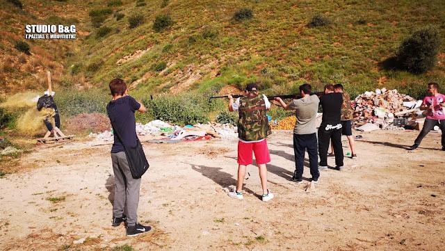 Πολεμική ατμοσφαιρα στα Λευκάκια με το έθιμο του πυροβολισμού του Ιούδα (βίντεο)