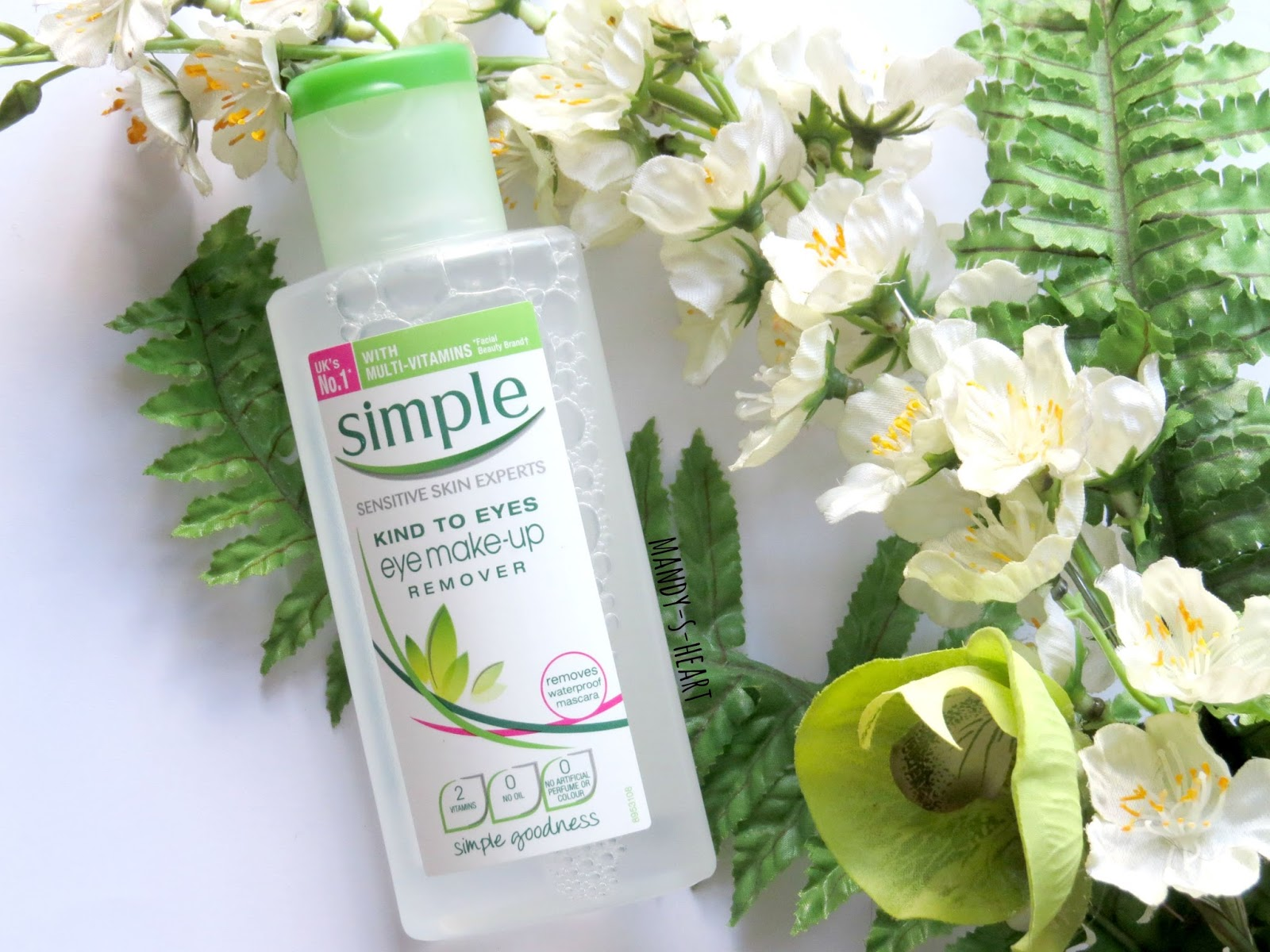 Mandy-S-Heart: Review: Simple Kind to Eyes Eye Make-up Remover