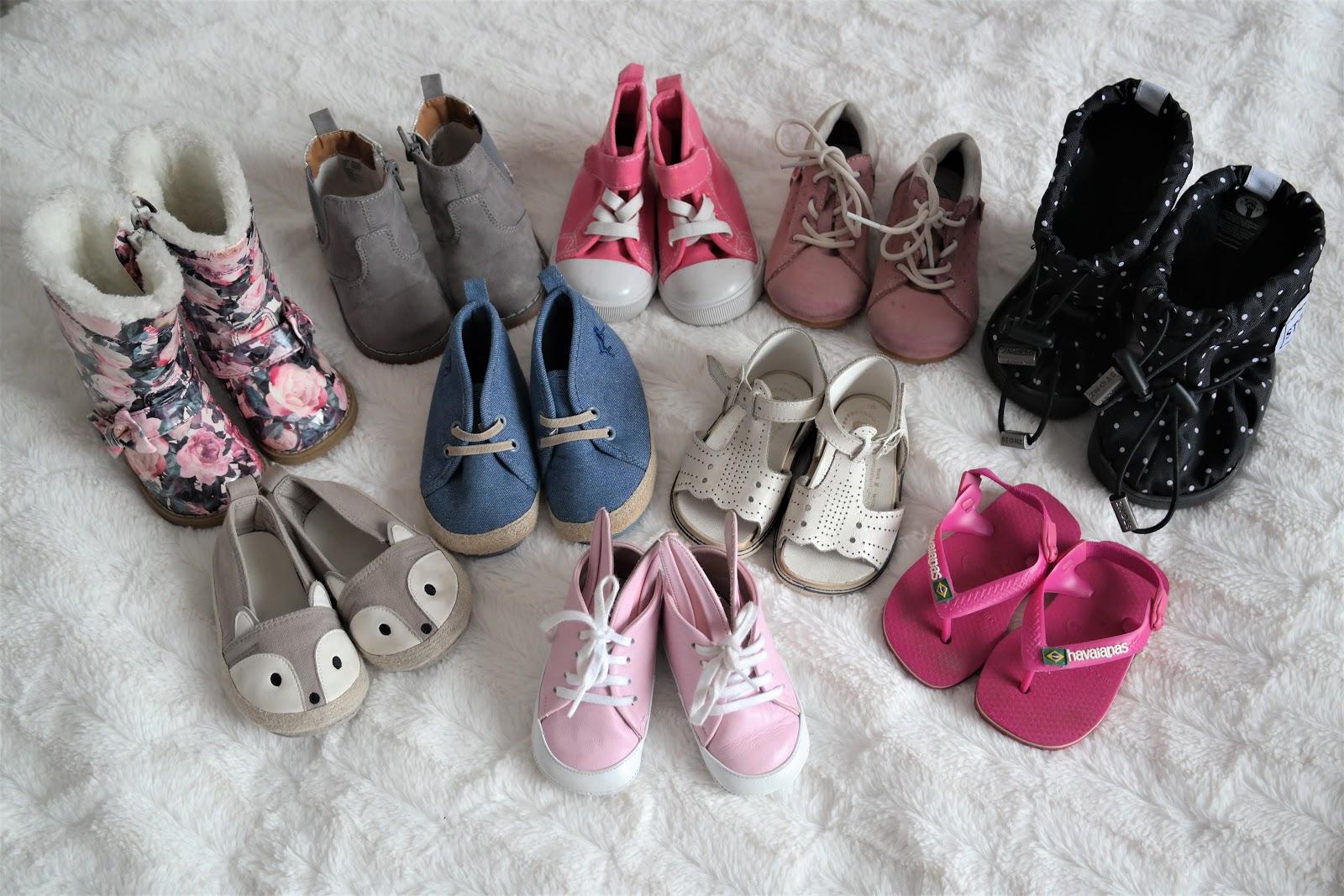 kuinka paljon kenkiä lapsi tarvitsee