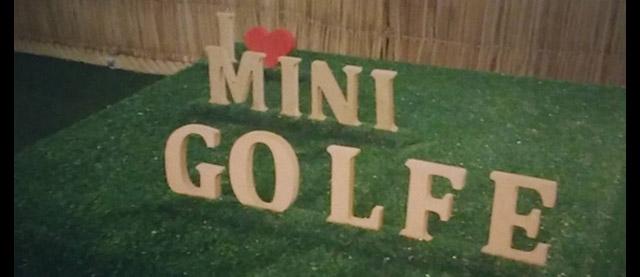 imagem contendo a frase I love mini golfe