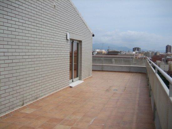 Dúplex en alquiler av. de almazora Castellón