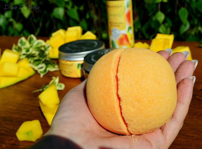 Rytuał Organique o zapachu słodkiego mango -  kula do kąpieli Mango