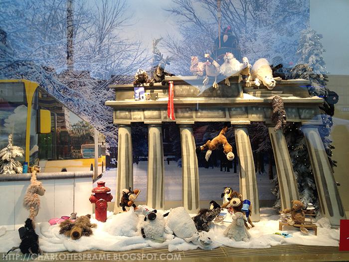 Galaria shop display