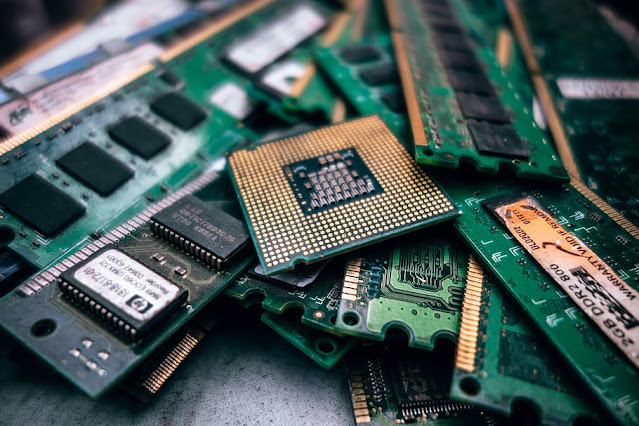Shortage of Computer Chips Hits Manufacturers, Electronics Products Affected.lelemuku.com.jpg